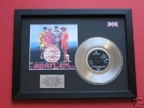 "THE BEATLES - Sgt Peppers Lonely Hearts Club Band 7"" Platinum Disc with cover"